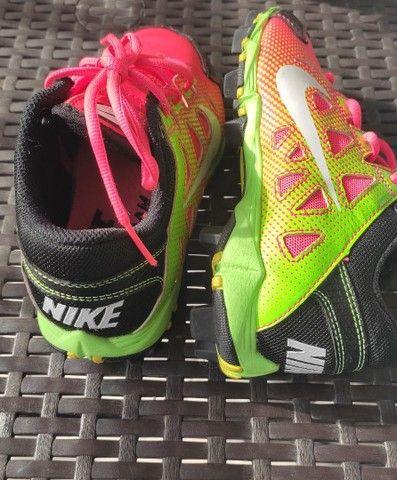 Chuteira Nike Semi Nova - Foto 2