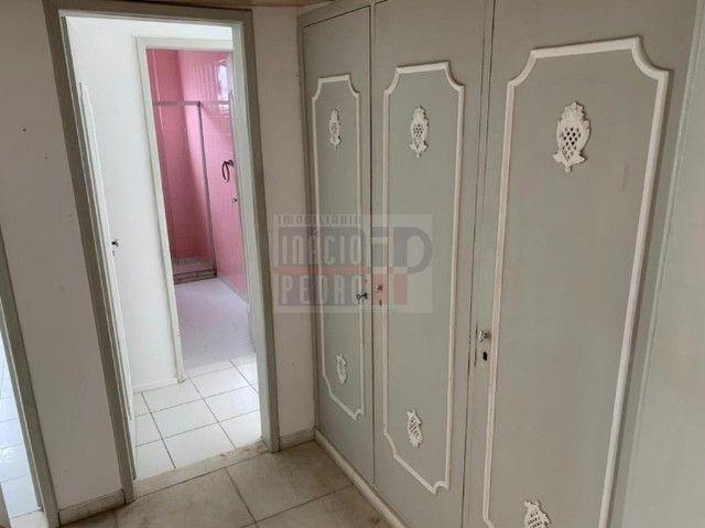 [A31423] Apartamento com Sala Ampla, 3 Quartos sendo 1 Suíte. Em Boa Viagem !! - Foto 11
