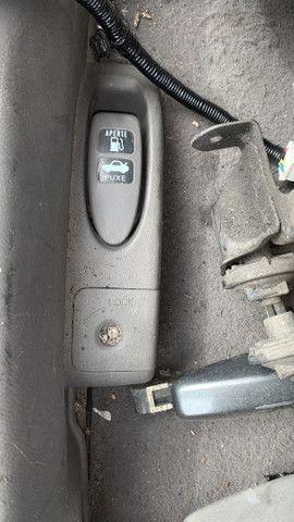 Botão de abrir mala e combustível honda fit