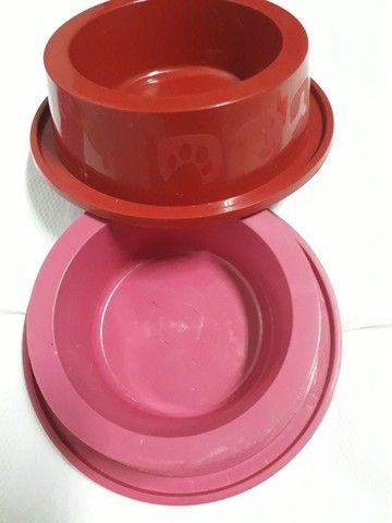 Tapete pet (patinha), brindes: sachê de ração sólida + Comedouro de plástico de 300 ml - Foto 6