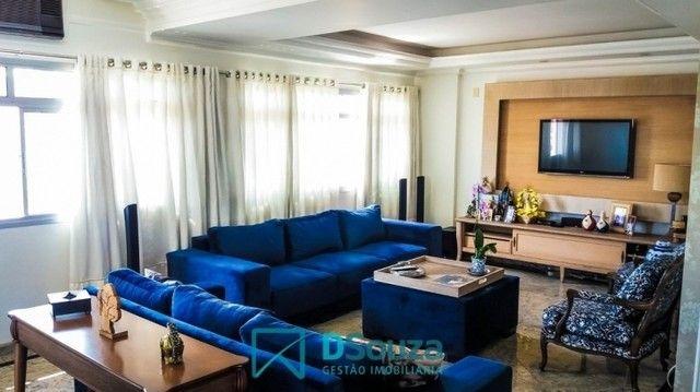 Apartamento 3 dormitórios no Edifício Casa Blanca, bairro Popular, 245 m²,