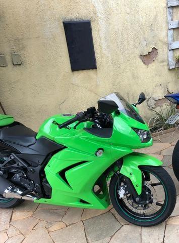 Kawasaki Ninja 250R - Não aceito trocas!