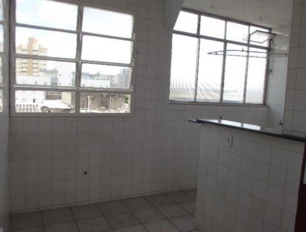 Apartamento 02 qts, 01 vaga no coração eucarístico - Foto 4
