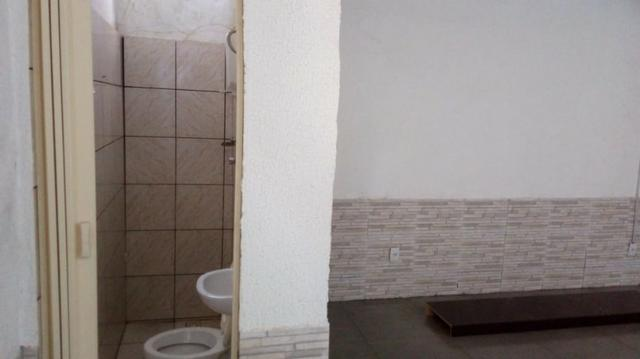 Excelente Casa de 03 Quartos na Quadra 02 Setor Norte do Gama - Foto 2