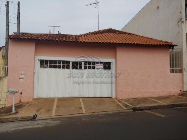 Casa à venda com 3 dormitórios em Centro, Jaboticabal cod:V4438