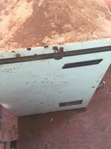 Freezer para retirar o motor e peças - Foto 4
