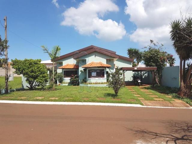 Casa de condomínio à venda com 3 dormitórios cod:V102050
