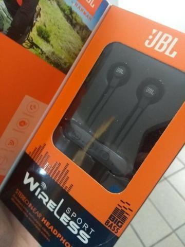 Fone modelo JBL-01 novo