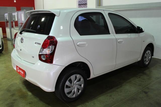 Toyota - Foto 3