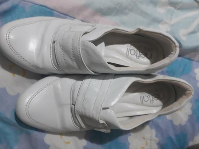 Sapato branco neftali clinic confort