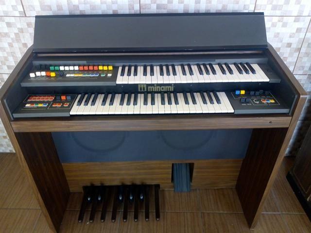Órgão mnami md 7200