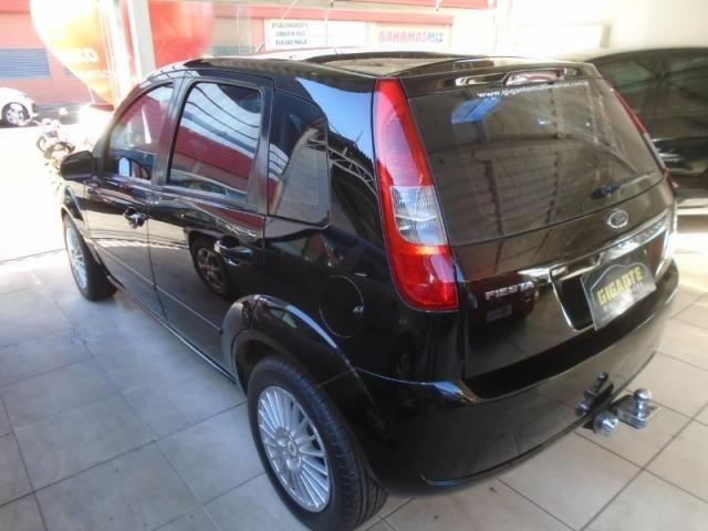 Ford Fiesta Personnalite 1.0  Preto - Foto 4