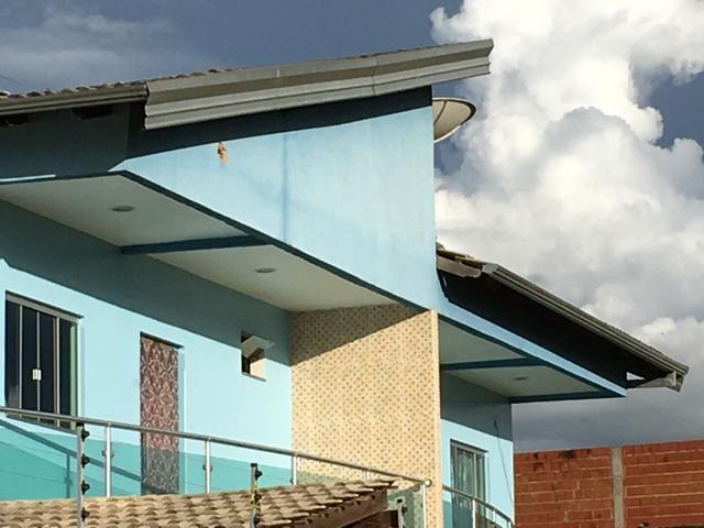 Vende-se imóvel com 2 casas geminadas - Foto 5