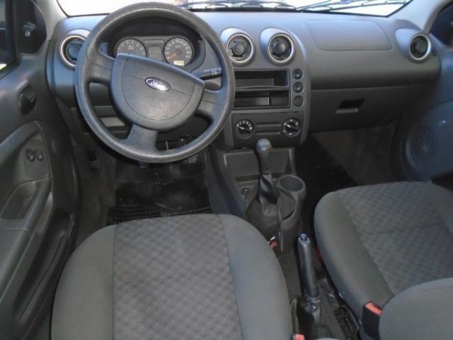 Ford Fiesta Personnalite 1.0  Preto - Foto 7