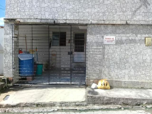 Vende-se ou troca está casa q fica localizado no ibura.so aceito troca em Jardim piedade