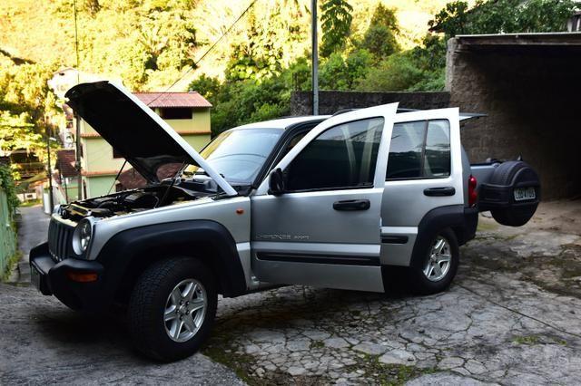 Vendo Jeep Cherokee Sport 2002/03 - Foto 3
