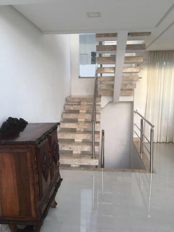 Incrível Casa 4/4, 460m², dois andares, em Alphaville II! Oportunidade única! - Foto 3