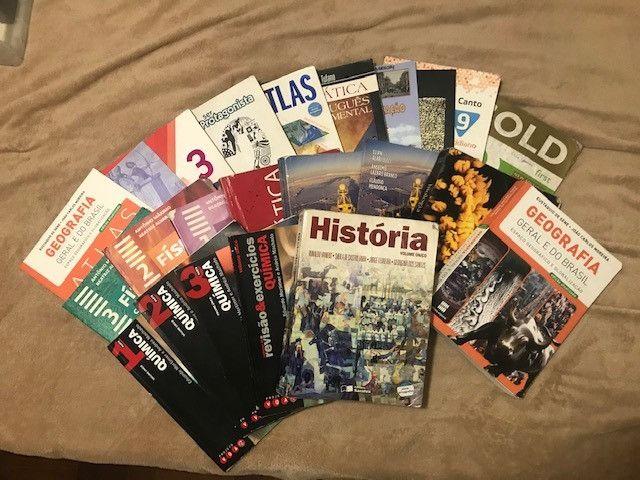 Livros de ensino médio