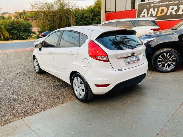 Fiesta 1.5 flex completo branco - Foto 4