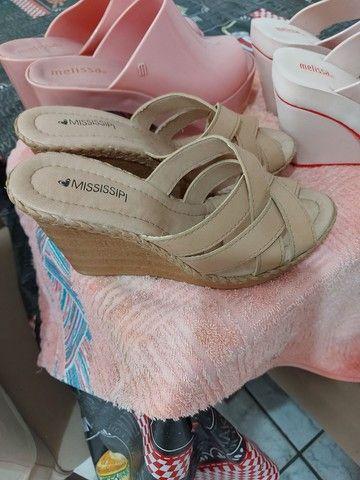 Sandálias em perfeito estado