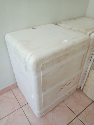 Caixa de isopor Grande - Foto 2