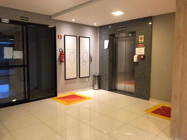 Edificio localizado no Centro Politico Administrativo completo de móveis planejados - Foto 8