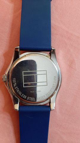 Relógio Tommy Hilfiger azul  - Foto 4