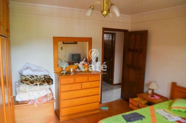 Prédio/Casa Residencial, 4 dormitórios, Bairro Menino Jesus, pátio - Foto 16