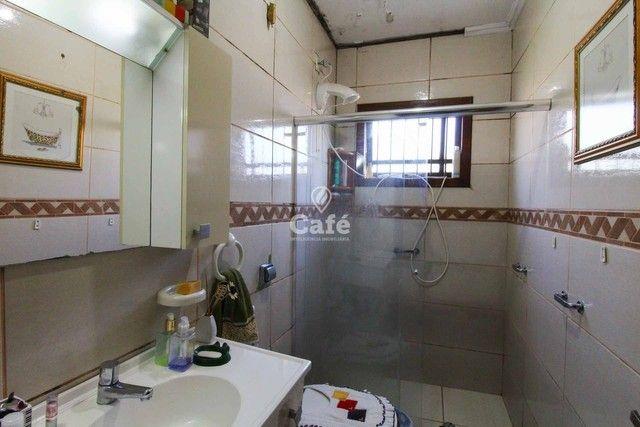 Casa à venda com 3 dormitórios 3 banheiros 2 vagas de garagem e amplo pátio. - Foto 19
