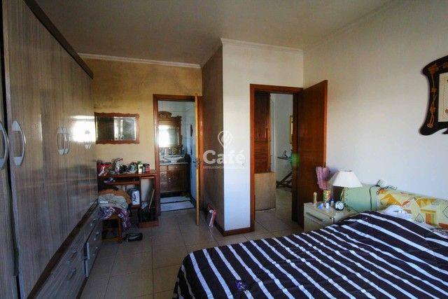 Casa à venda com 3 dormitórios 3 banheiros 2 vagas de garagem e amplo pátio. - Foto 14