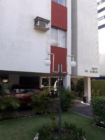 Apartamento no Edf. Salus em Casa Forte