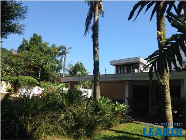 Casa à venda com 5 dormitórios em Barra do una, São sebastião cod:514805