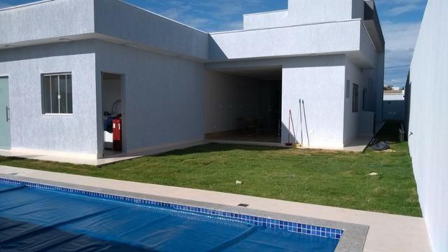 Samuel Pereira oferece: Casa 3 Suites Nova Moderna Pé Direito Duplo Piscina Churrasqueira - Foto 3