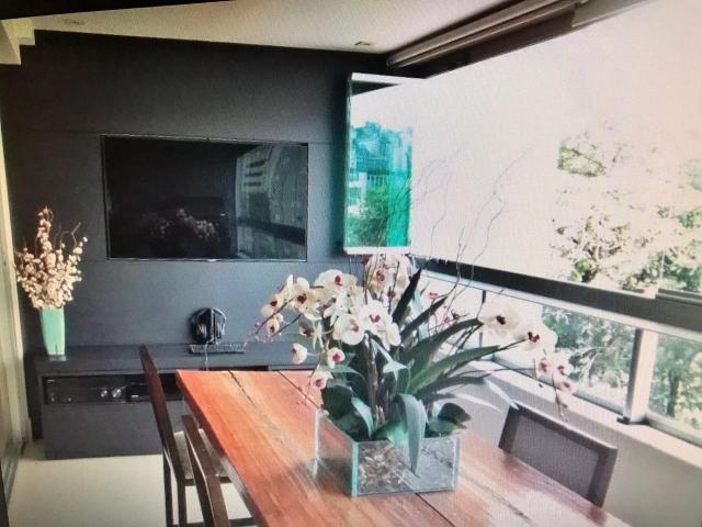 Apartamento 4 quartos revertido em 3, armários, elevador, 2 vagas, lazer e ótima localizaç - Foto 3