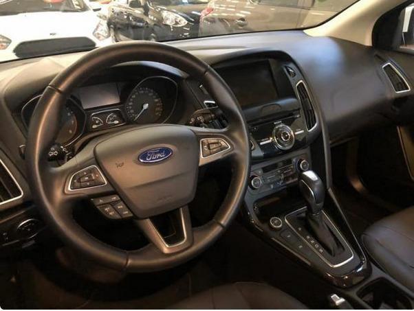 Ford Focus Titanium 2016 Plus Hatch - Foto 8