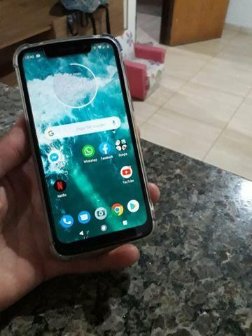 Troco por iphone, cel novo