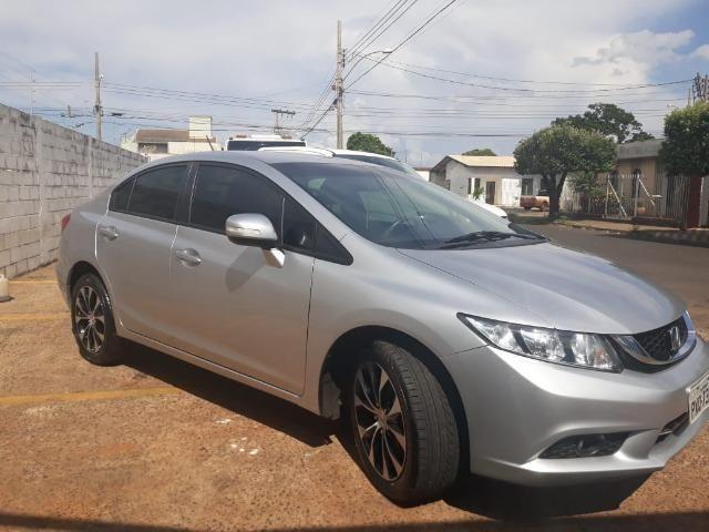 Vende-se carro Honda Cívic LXR 2016/Em Uberaba-MG