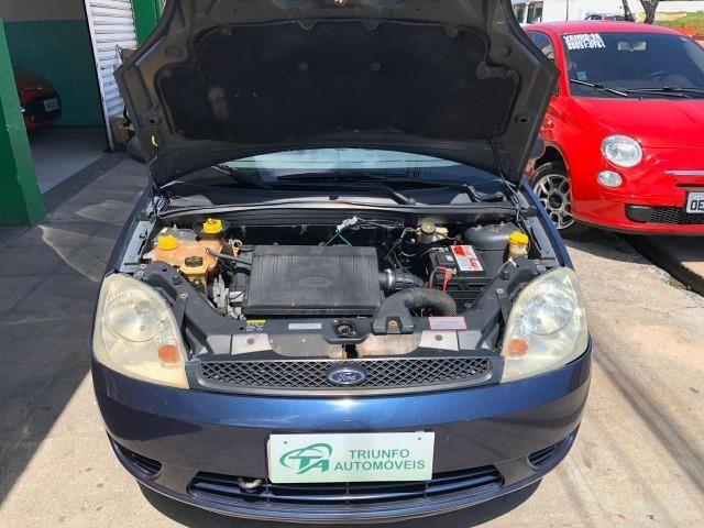 Fiesta Sedan 1.6 Flex 2005 (R$: 2.900,00 + 48 x 398,00) - Foto 8