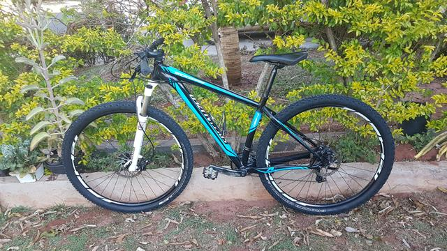 Specialized Rock Hopper R2H 29