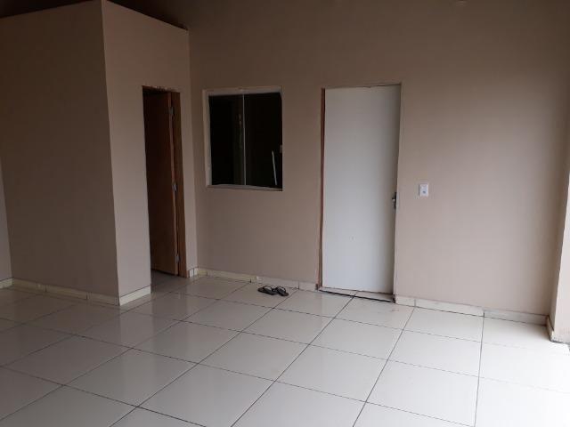 Casa nova, espaçosa com area de churrasqueira, 2quartos, 2 banheiros, lote de 400metros - Foto 7