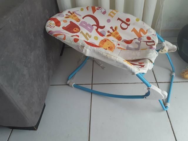 Cadeira de descanso e balanço 2x1 unissex que vibra - Foto 2