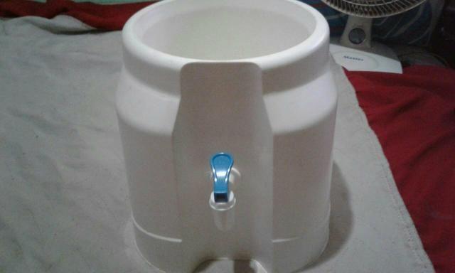 Bica para garrafões de água!