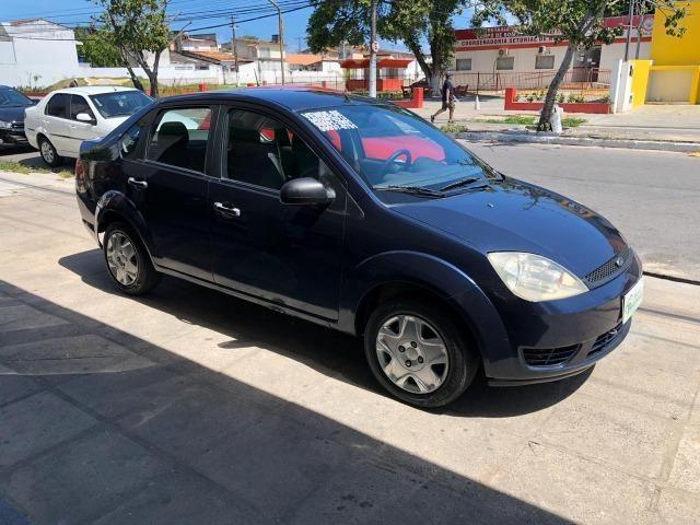 Fiesta Sedan 1.6 Flex 2005 (R$: 2.900,00 + 48 x 398,00) - Foto 3
