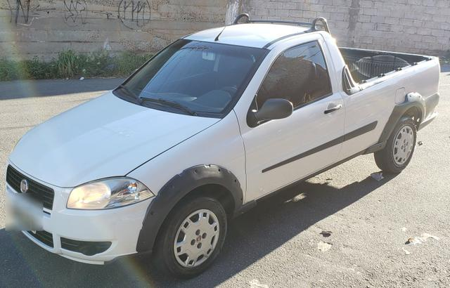 Fiat strada working 1.4 celebration cabine simples branca 2012