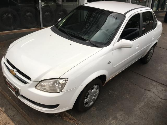 Chevrolet - Classic L.S 1.0 Flex Branco 2012