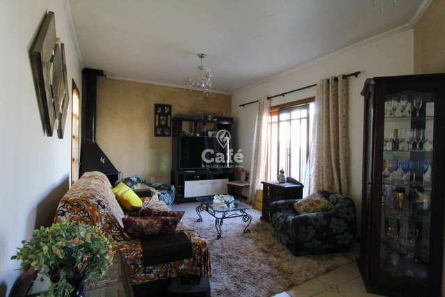 Casa à venda com 3 dormitórios 3 banheiros 2 vagas de garagem e amplo pátio. - Foto 17