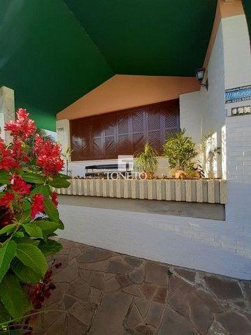 Casa ampla com pátio !!! - Foto 2