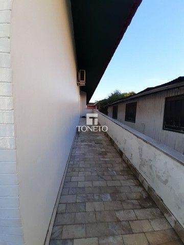 Casa ampla com pátio !!! - Foto 3