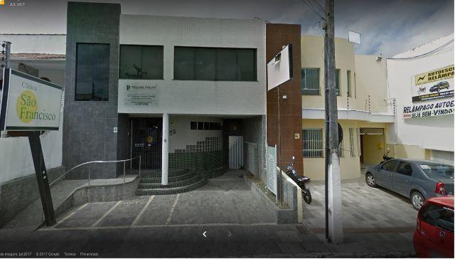 Vende ou troca prédio - ideal para escola, Clinica, escritórios.