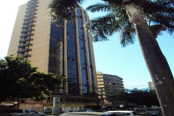 Sala comercial - 42 m² - Ed. Trade Center - Setor Oeste - Goiânia-GO